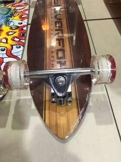 Longboard cruser