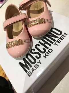 Worn twice Moschino shoes size20