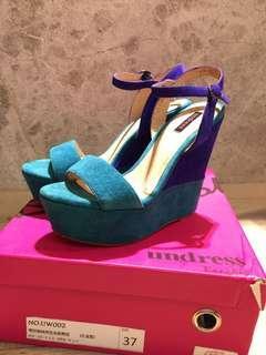 🚚 Bangkok undress 雙色拼接厚底楔型涼鞋