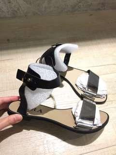 🚚 韓 平底涼鞋 23號