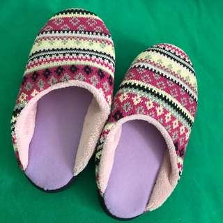 家居拖鞋 knitted keep warm slippers 36/37/38