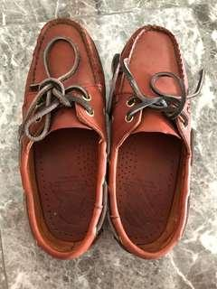 Apache leather shoes