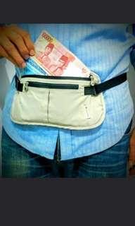Dompet pinggang columbia