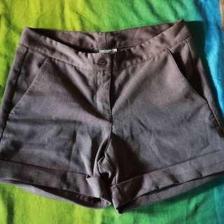 SHAPES Casual Shorts