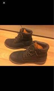 🚚 Timberland boots US7.5