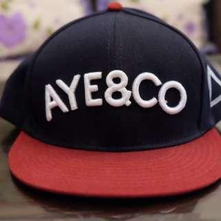 Aye & Co snapback (navy/maroon)