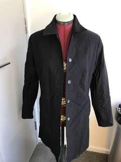 Black trench coat david Lawrence size 8