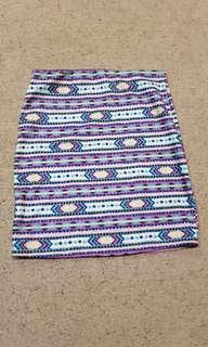 Pattern bodycon skirt