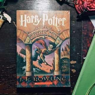📚PRE-LOVED BOOKS FOR SALE📚 HP SORCERER'S STONE