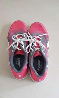 Reebok pink shoes