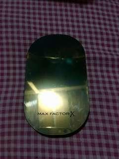 Max Factor Facefinity Compact Foundation in 006 Golden