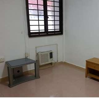 Blk 101 Woodlands 3A unit for rent, 3min walk to Woodland MRT