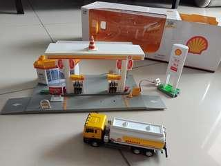 Authentic Shell service station collectible playset