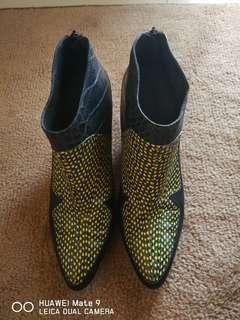 LEATHER LAB shoes...size 39