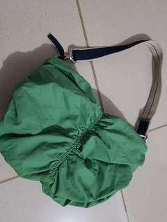 Old navy green bag