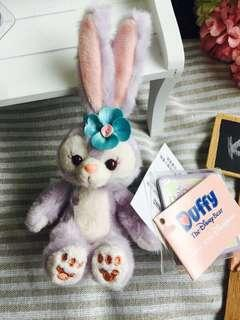 🚚 香港迪士尼 史黛拉坐姿手機吊飾娃娃