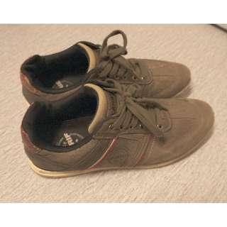 Larrie shoe