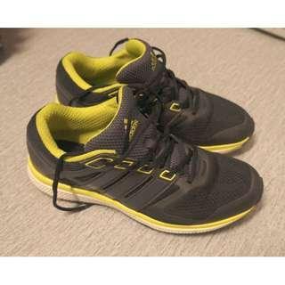 Adidas bounce shoe