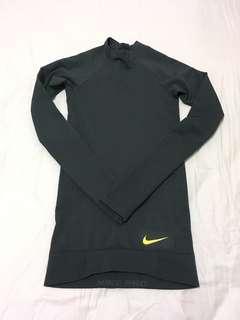 Nike Hyperwarm Top/ Tight
