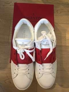 Valentino Sneaker 100% new and real size 39