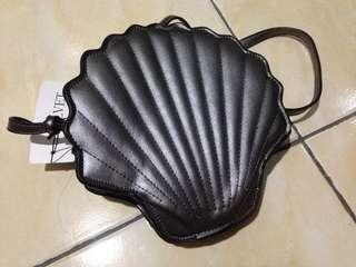 Velvet Metallic Seashell Bag