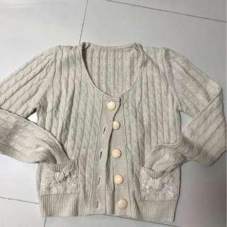 Milky knit butterfly pocket coat