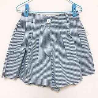 🚚 夏季藍白條紋棉麻短褲