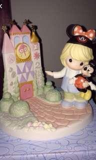 LOOKING FOR: Precious Moments Disney figurines