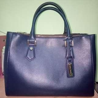 Hand bag hush puppies