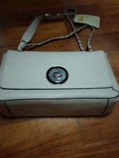 Adamis leather handbag