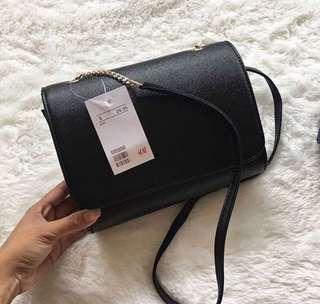 H&M slingbag look a like