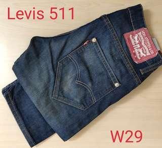 Levi's Jean's (W29)