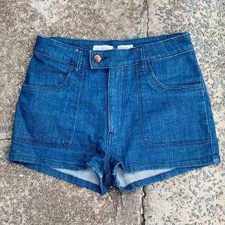 Wrangler 'hi cheeky' high waisted denim shorts, SZ 10