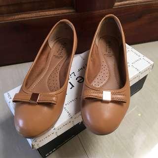 Alberto Ballet Flats