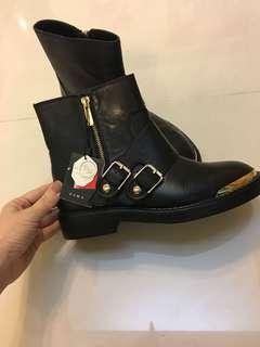 Zara boots 24.3 cm ( Euro 38)