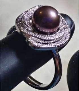 Fresh Water Pearl Ring (grey)
