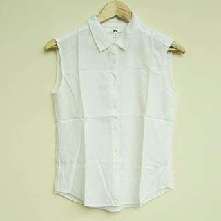 Uniqlo White Sleeveless Tank Top Kemeja Putih