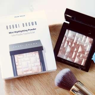 Bobbi Brown Highlighting Powder Mini  迷你版 4g (Pink Glow)
