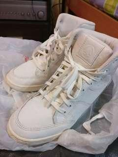 Paperplanes Heel Up Sneakers PP1332 white 增高運動鞋made in korea white shoes size A4 (240mm)