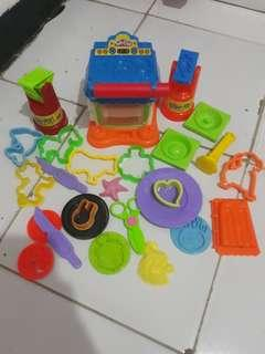 mainan cetakan