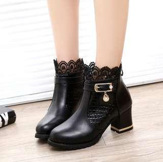 🚚 [PO] Lacey Buckled Ankle Boots