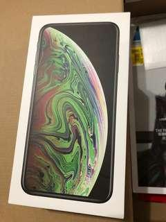 Iphone XS box