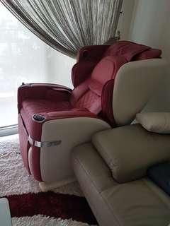 OSIM Ulove Massage chair