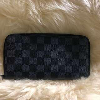 Sale..Louis Vuitton Damier Graphite Zip Wallet
