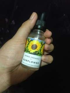 Face oil (sunflower oil)