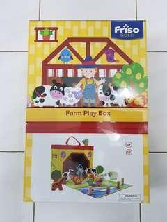 Friso Wooden Farm Play Box