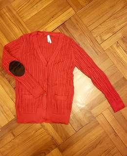 🈹️DeFacto 紅色針織有袋開胸冷衫