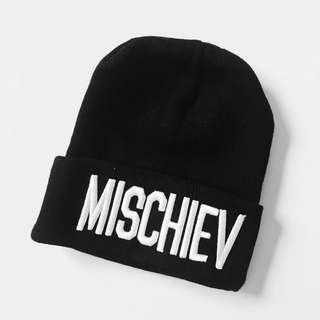 Black beanie - Mischiev logo
