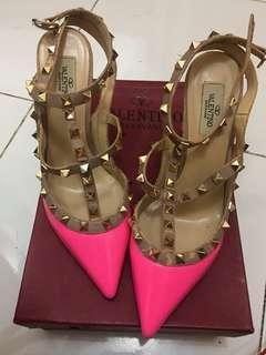 Valentino heels rockstud pink neon