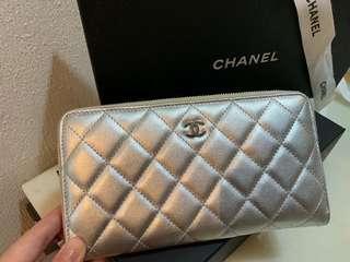 🚚 Chanel 銀色皮夾(長夾)